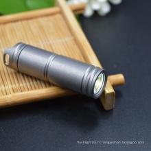 Avec 130 Lumen Li-ion Batterie Torche Lampe de Poche Titane