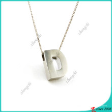 Silber Plain Buchstabe D Charms Legierung Halskette Großhandel (FN16041811)
