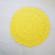 "26.5"" Sunshine Yellow Crochet Doily Rug for Pets"