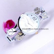 Quartzo redondo de prata do relógio do bracelete da pulseira das senhoras
