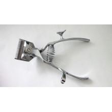 Машинка для стрижки волос рукой