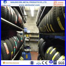 Reifenregal für den Vertrieb