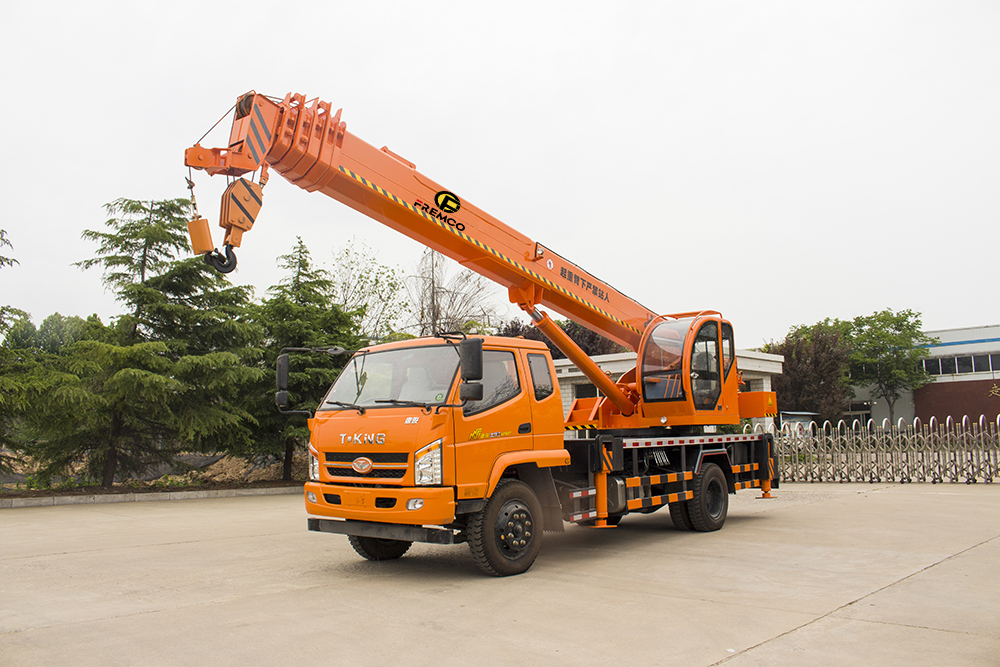 cranes truck for sale