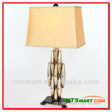 2012 Modern Design Iron Table Lamp