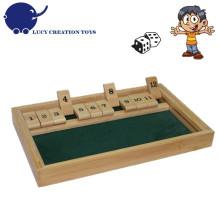 Tradicional, retro, clássico, tabela, jogo, 12, números, fechar, caixa, jogo, dados