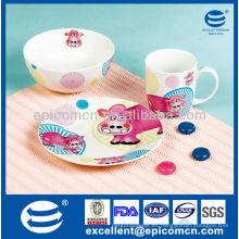 Cute niños de diseño de cerámica conjunto con diseño personalizado BC8002 platos de cerámica con tazón