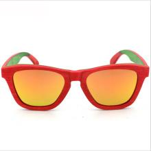 La marca de FQ exporta el hombre polarizado estilo caliente Gafas de sol naturales de madera del monopatín