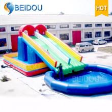 Caliente venta duradera gigante inflable piscina arco iris de adultos de agua
