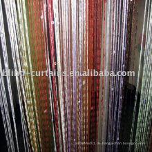 String Vorhang mit Knoten