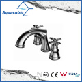 Popular Three Hole Basin Faucet Brass Lavatory Faucet (AF0026-6)