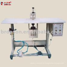 máquina de soldadura de vestuário ultra-sônica