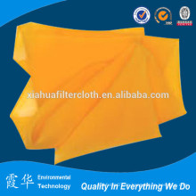 Gelbes Polyester-Rohmaterial aus rohem Seide