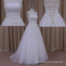 China Manufacture Beautiful Sweetheart Lace Wedding Gown