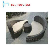 Cama de dia confortável do lazer da mobília do Rattan da mobília ao ar livre (CF726)