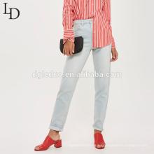 Los pantalones vaqueros del dril de algodón de alta calidad de la venta caliente calzan los pantalones de las mujeres