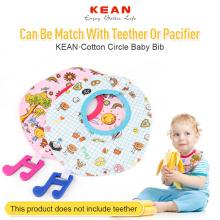 Babadores orgânicos chiques do bebê do design bonito