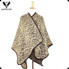 Nova moda Jacquard leopardo xale e poncho