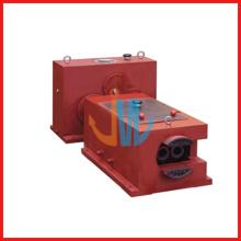 High efficiency conical twin screw extruder gear box