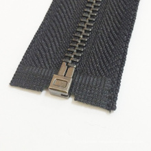 2016 Brass Teeth Zipper for Garments