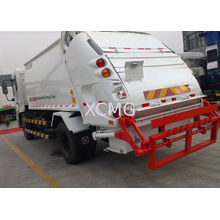 Rear Loader Garbage Truck Self Compress , Self Dumping For Collecting Refuse