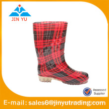 2014 cheap spring child rain boot