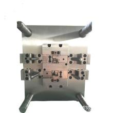 Изготовитель литья пластмасс под давлением и обслуживание прецизионных форм