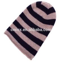 Bonnet en crochet à rayures cachemire 15STC4004