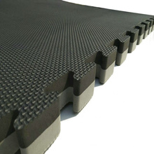 LinyiQueen Martial Arts Equipment 25mm 120kg/cbm Taekwondo Mat In Stock