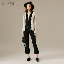 Fantastic Women Knitted Short Coat V Neck manga comprida Ladies 'Knitted Cardigant da China Factory