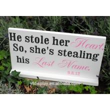 Beau panneau de signe de mariage en bois