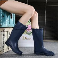 Use botas de goma antideslizante zapatos de goma de la señora
