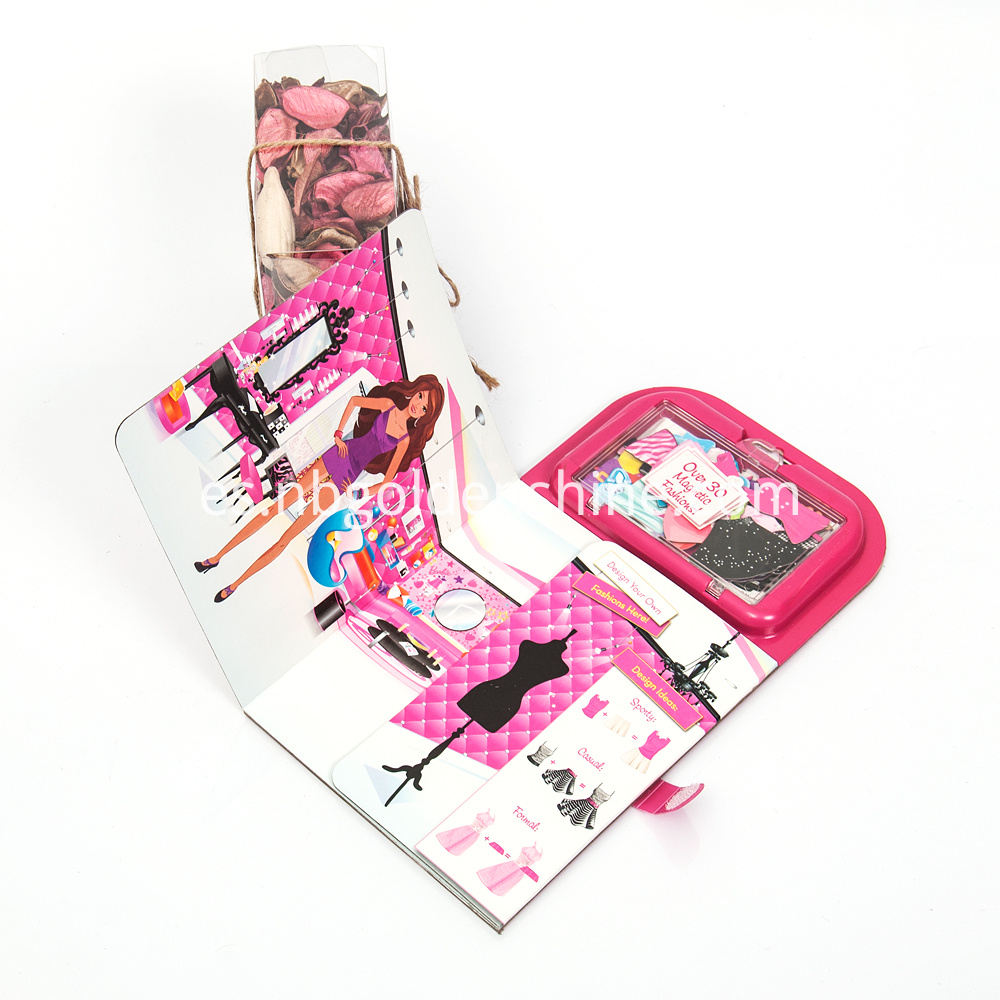 Barbie Dress Up Magnetic Fun