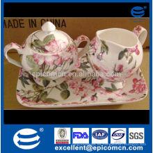 Venta de la promoción servicio de té de la porcelana del hueso de la multa del servicio azucarado y crema con la bandeja