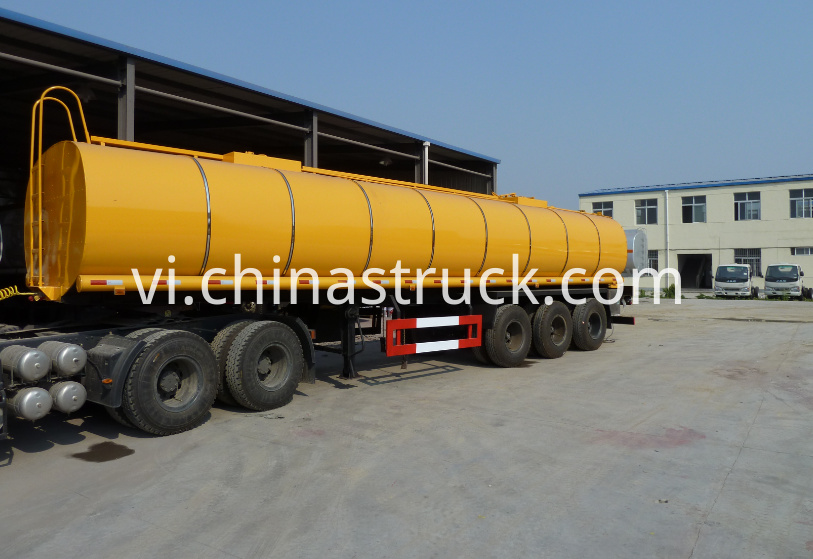 3 axle 30CBM liquid bitumen tanker with air suspension