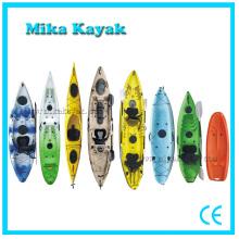 Kayak à pêche en plastique bon marché s'asseoir et s'asseoir dans la vente en gros de bateaux à canots