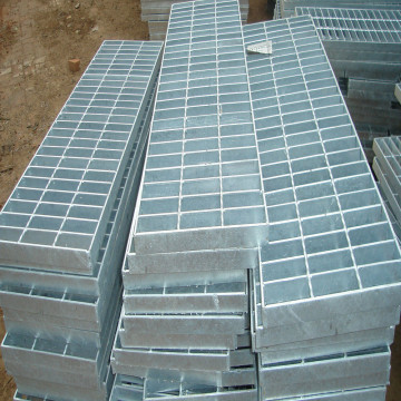 Galvanizado Serrado Anti-Slip Stair Tread Steel Grating