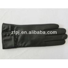 Gant noir Produits en cuir