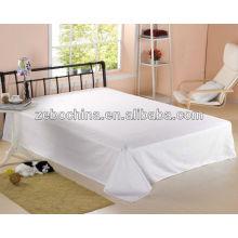 Luxo design 100% algodão 80S por atacado cinco estrelas padrão planície branco hotel cama folha