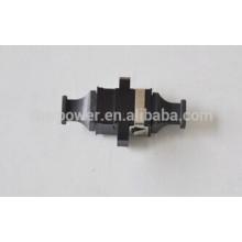 La muestra libre compra directamente China MPO al adaptador plástico de la fibra de MPO Simplex con precio barato