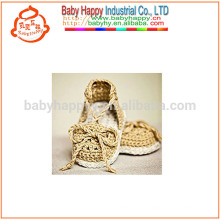 Heiße verkaufenbaby-purpurrote Schuhhandhäkelarbeit-Fantasie-Babyschuhe