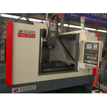 CNC milling machine with tool changer