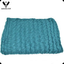 100%Acrylic Thick Cable Knit Throw