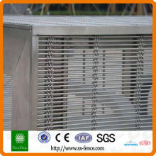 Decorative wire mesh/window screen