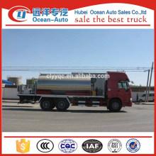 Camion de pulvérisation d'asphalte à moteur diesel 6 * 4 HOWO