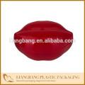 Красная косметичка для мышей с тенями для век