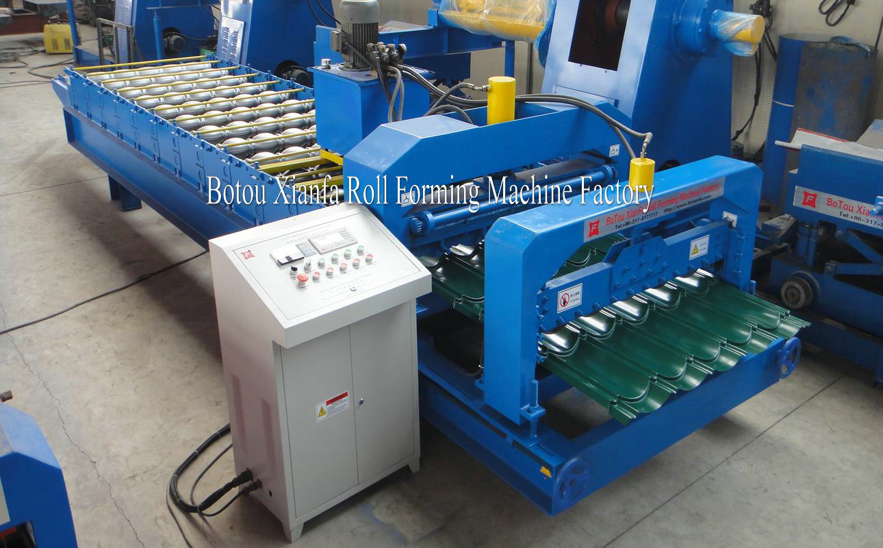 Glazed Color Steel Roofing Tile Roll Forming Machine
