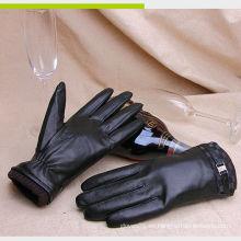 Nuevos hombres del estilo que usan la PU falsa que conducen los guantes de la mano
