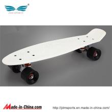 Nouvelle planche à roulettes en plastique Longboard de 22 pouces