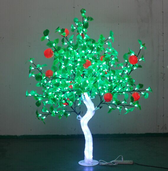 Arbre Crystal Apple LED s'allume en plein air