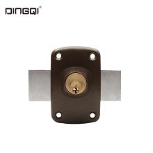 Cilindro de latão para porta de madeira